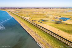 Luchtfoto van de Koudenhoek, achter de dijk bij Markenje in de Grevelingen (Grevelingenmeer). Gemaakt met een camera drone door Paul Oostveen.