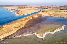 Luchtfoto van de Slikken van Battenoord in de Grevelingen (Grevelingenmeer). Gemaakt met een camera drone door Paul Oostveen.