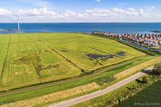 Luchtfoto van buitendijks wetland in de gemeente Waterland met het Markermeer. Gemaakt met een camera drone door Paul Oostveen.